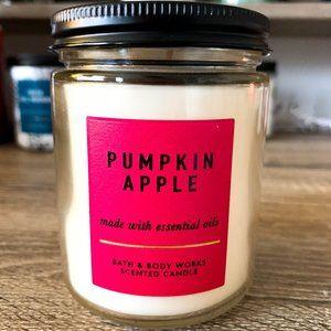 BBW Single Wick Candle Pumpkin Apple 7 oz